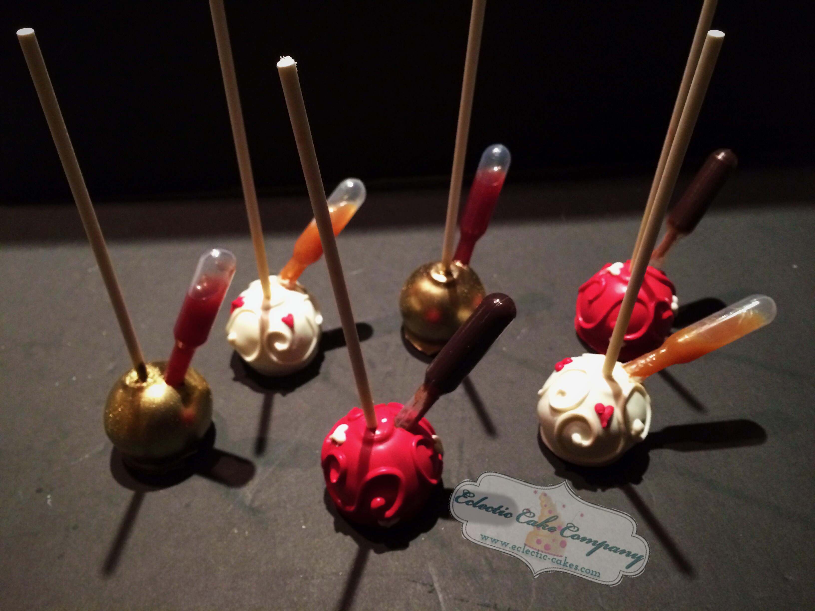 Cakepops w/ Pipette of extra flavor*