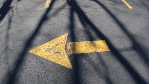 Arrow_shadow (1 of 1).jpg