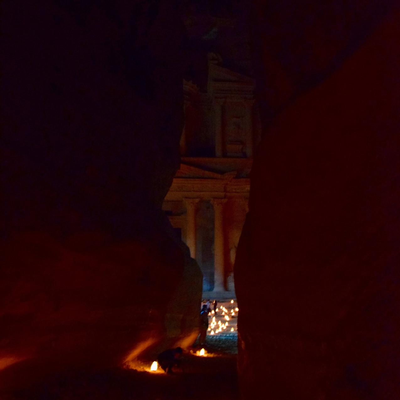Jordanie Petra by Night