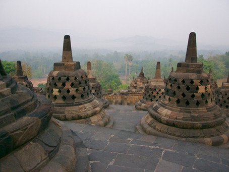 Borobudur en Prambanan, de Boeddhistische en Hindoeïstische parels