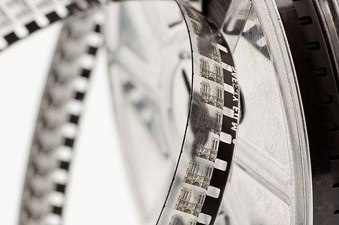 800px-8_mm_Kodak_safety_film_reel_06.jpg