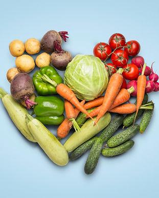 verduras-organicas-frescas-sobre-superfi