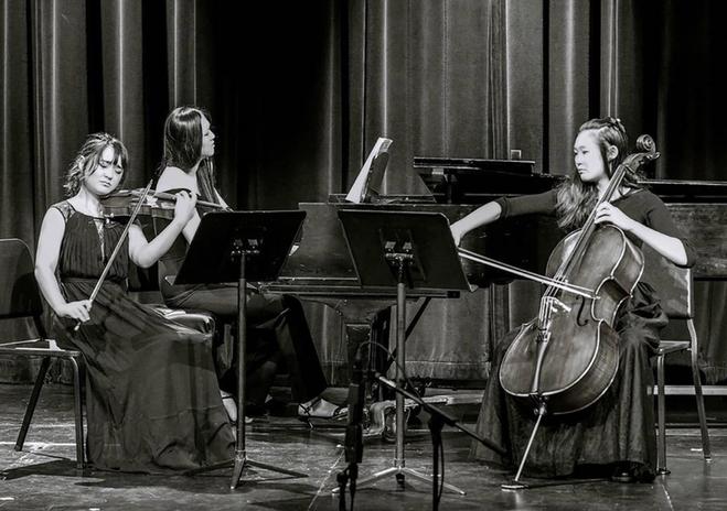 LACHSA Komorebi Trio