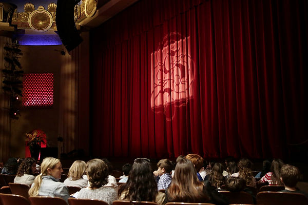 Shakespearience audience before the show