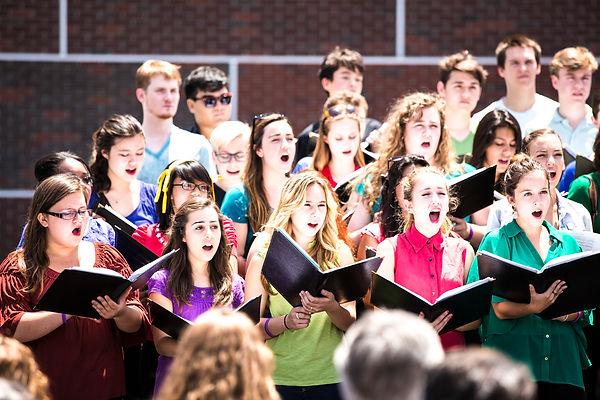 LIVE13_Choir_1.jpg