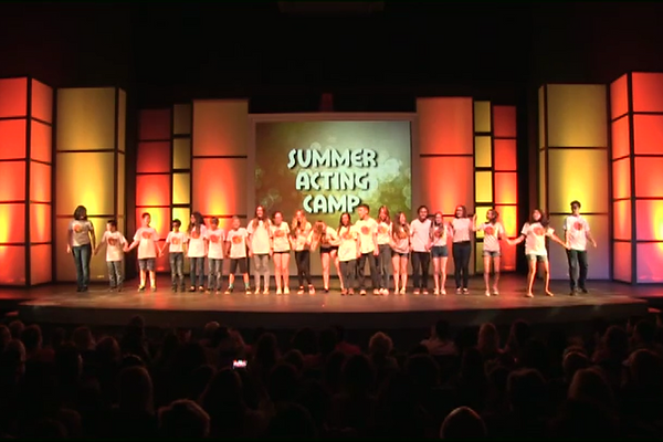 Campers line up for bow at the Summer Acting Camp