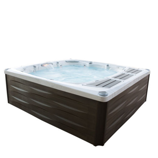 Big Sky Spas Montana offers the 6 adult hot tub