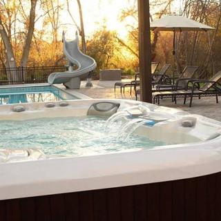 sundance-hot-tub-deck-installation-pool-