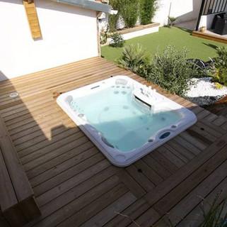 sundance-hot-tub-installation-backyard-d