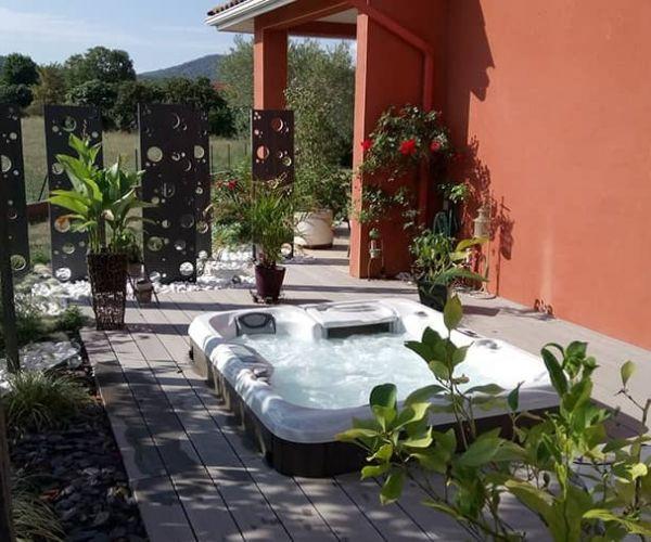 sundance-hot-tub-installation-private-mo
