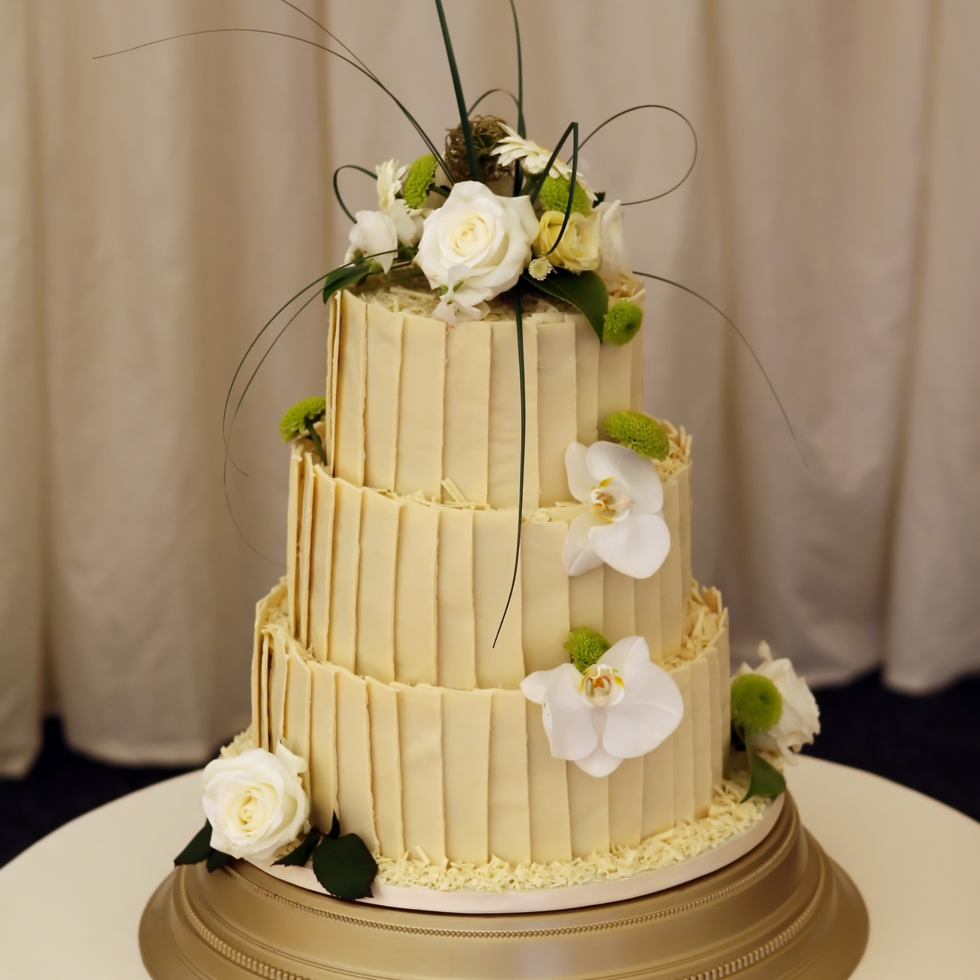White chocolate decorated wedding cake