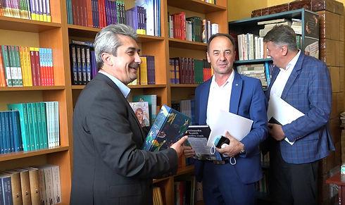 Bibliotecile ACVO - foto principala site.jpg