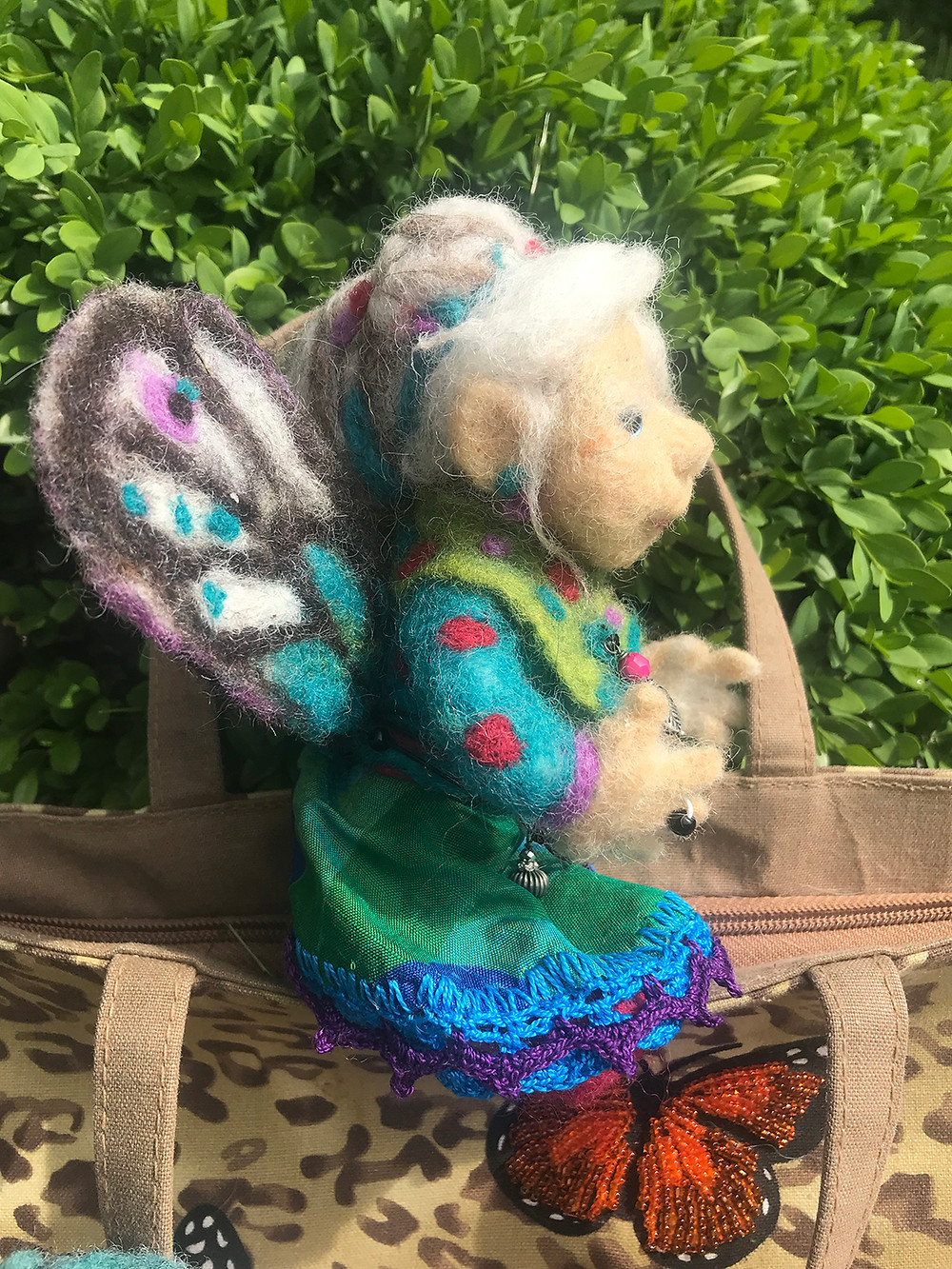 Side view of Dorothy the Fairy Grandmother