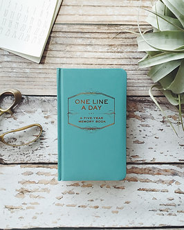 One Line a Day: A Five-Year Memory Book: (5 Year Journal, Daily Journal, Yearly