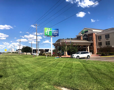Commercial Lawn Care, Property Maintenance
