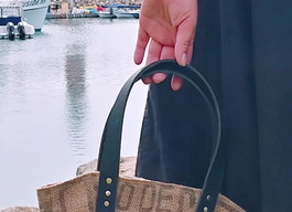 Channel your inner bag lady, friends!