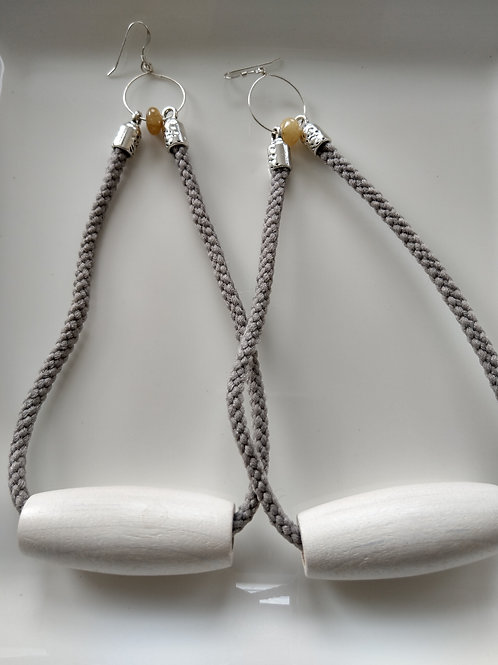 Against the Ropes Shoulder Dusters (White long)