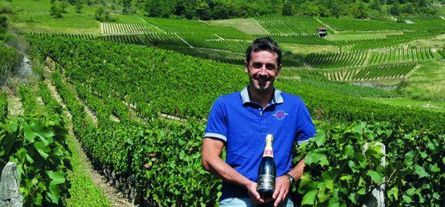 Pierre Dubreuil dans les vignes de Cerdon