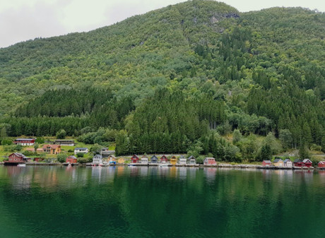 Beauty of Western Norway – fjords, boats, trains and waterfalls