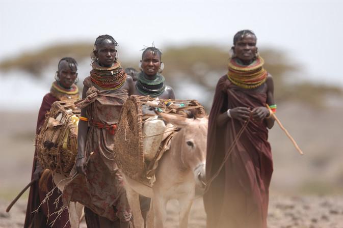 Water caravan / Turkana tribe