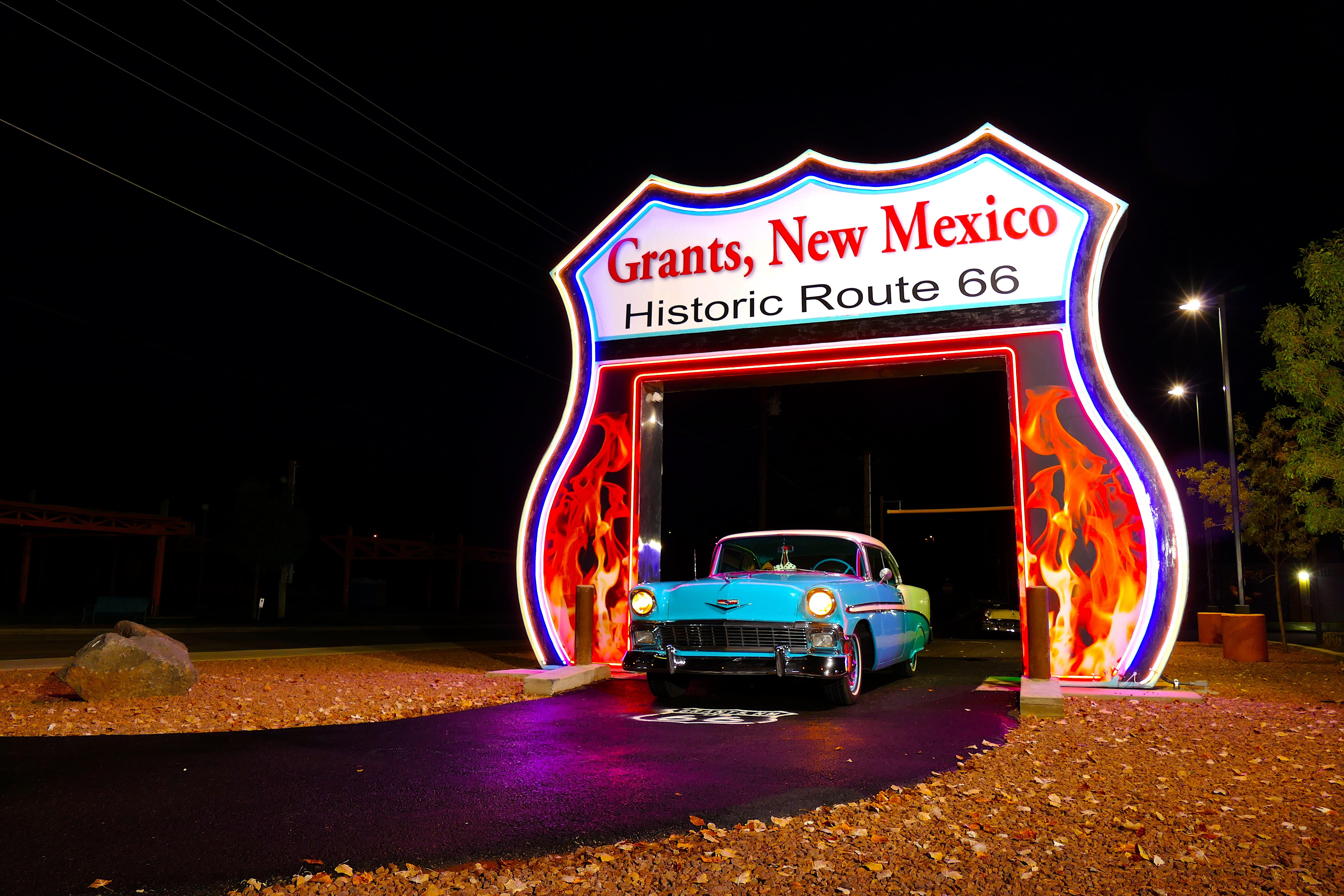 City of Grants Neon Arch Night
