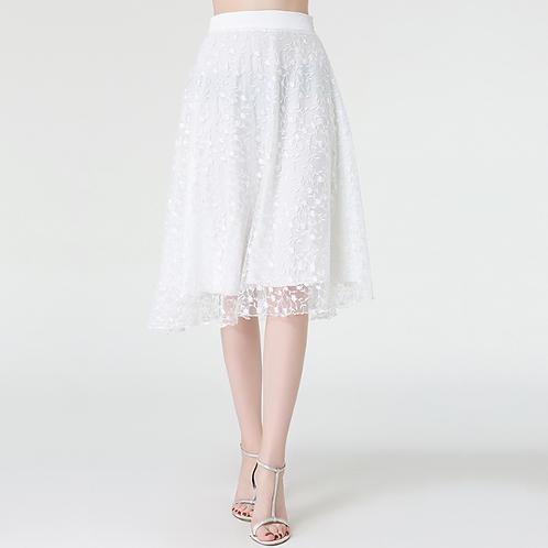 تنورة تطريز زهور بيضاء