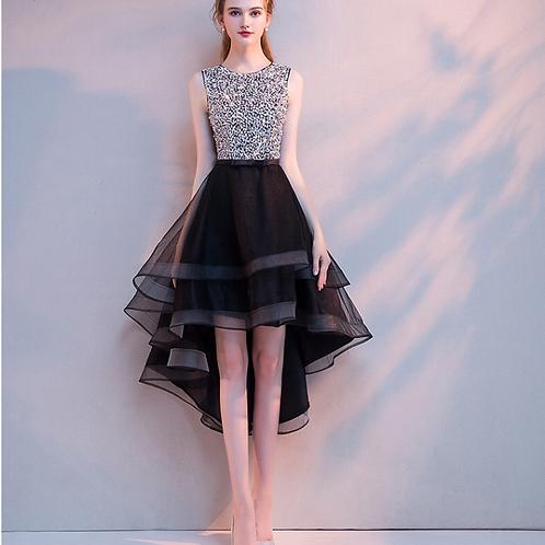 الترتر الأسود والفضي فستان الطبقات A خط
