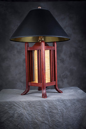 FOUR POSTER LAMP