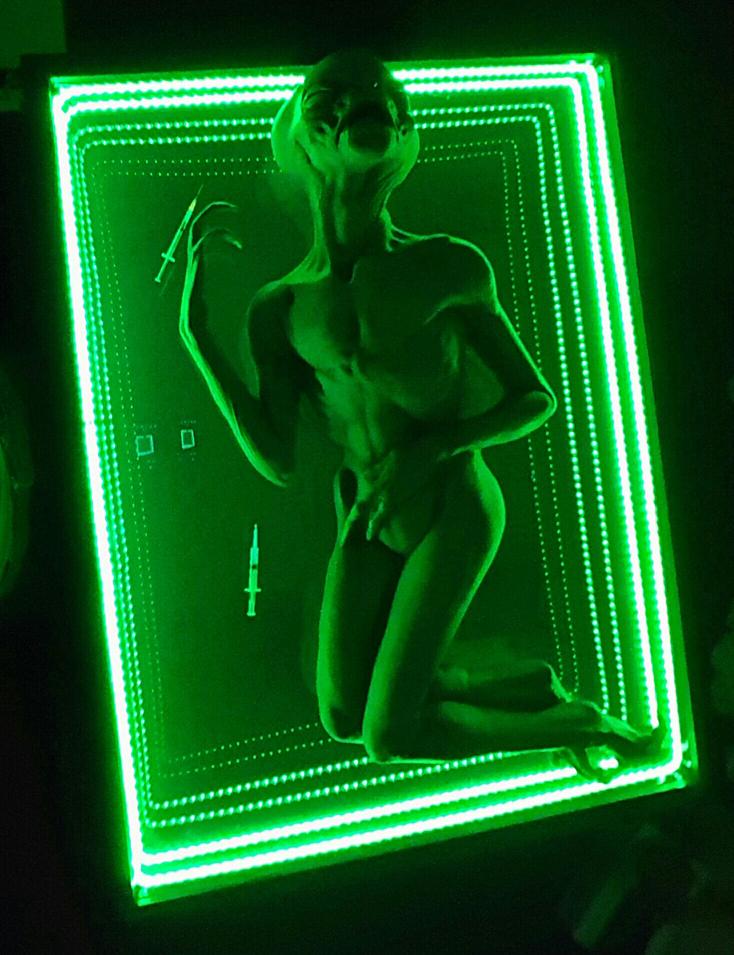 alien table alien night