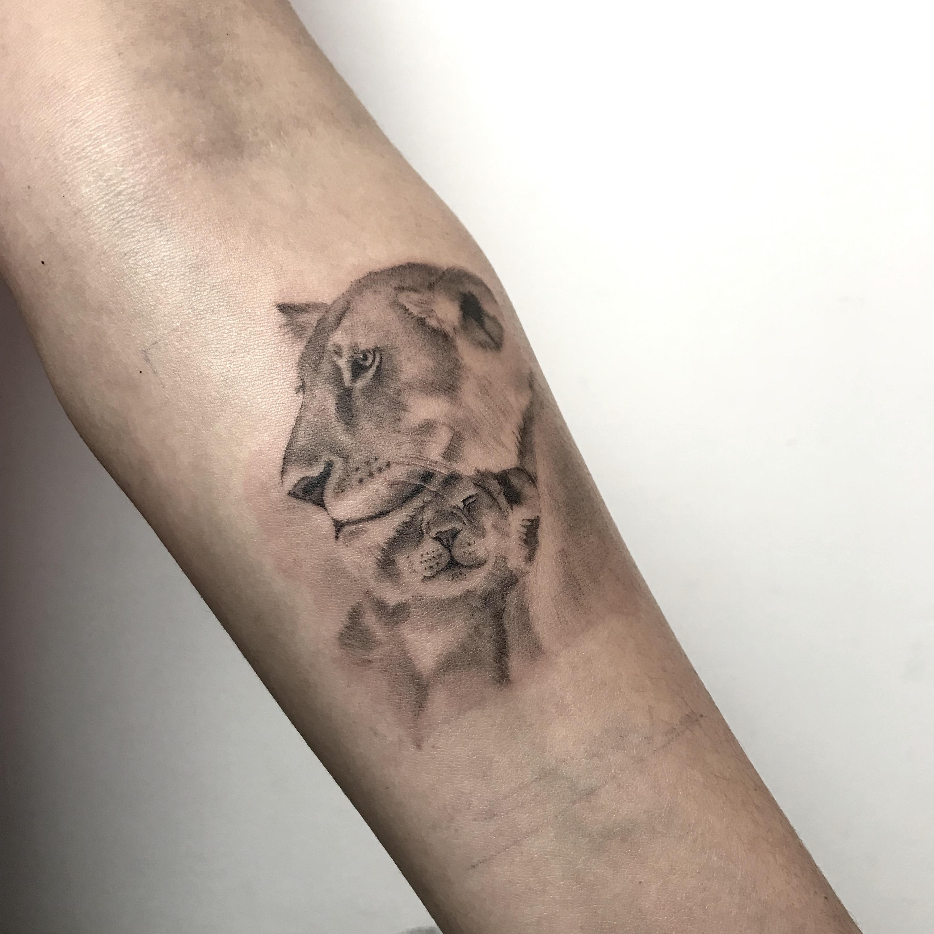 Tattoo_Leona_Cria