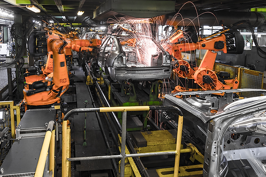 production-line-welding-car-body.png