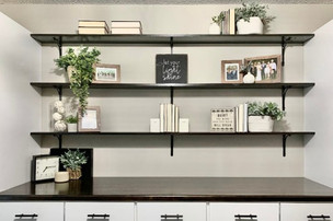 Style your Bookshelves Like a Pro
