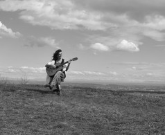 """Photo de Laurence Sarret pour la couverture de """"Au milieu de l'immensité"""""""