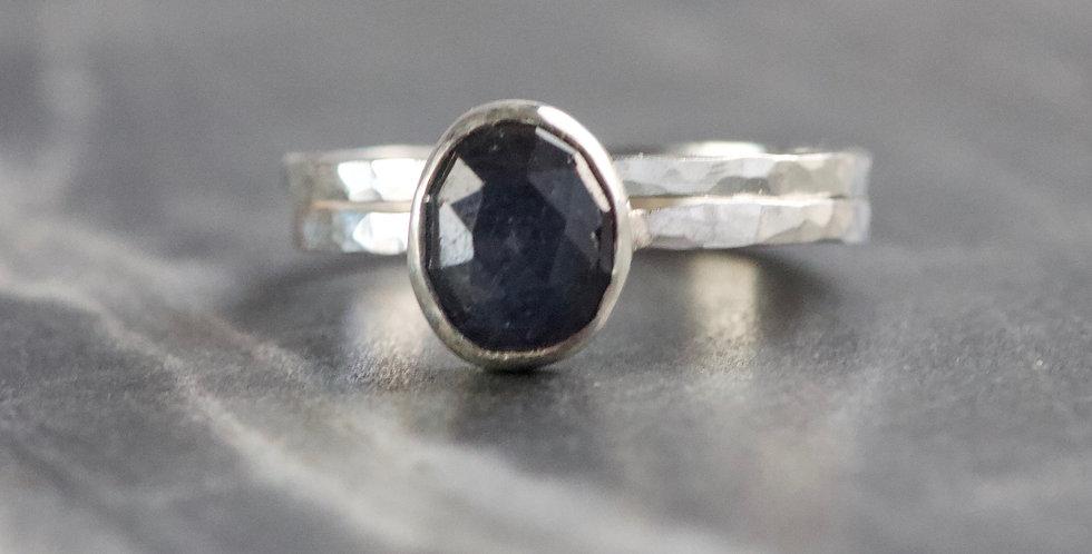 Dark Navy Sapphire & Hammered Silver Ring UK N