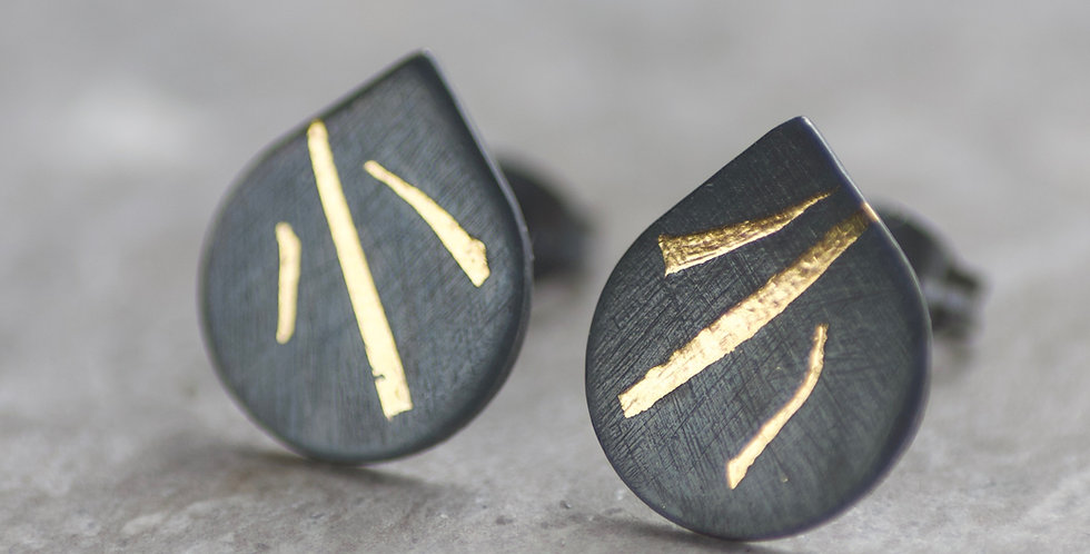 LC Oxidised 10mm Stripe Keum Boo Stud Earrings