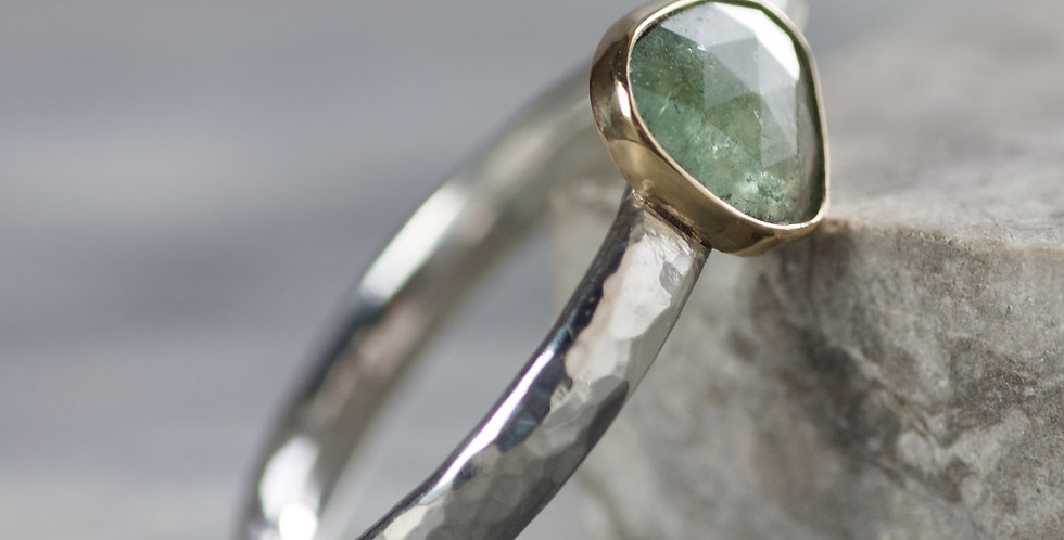 Green Tourmaline Hammered Silver & Gold LC Ring UK N1/2