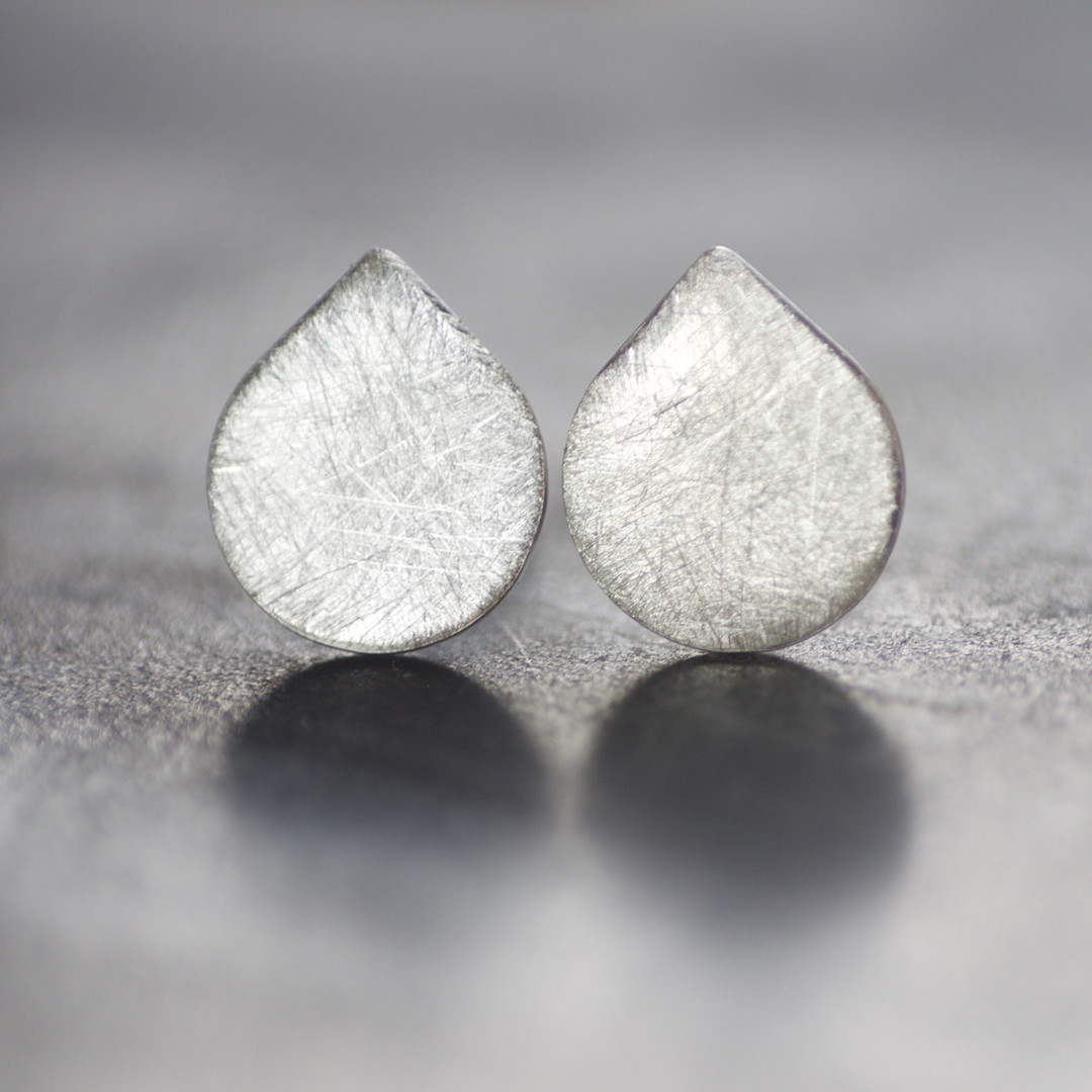 LC Crosshatch Studs.jpg
