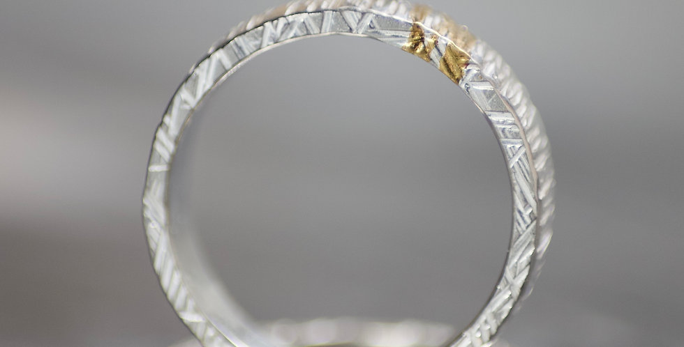 Polished Silver & Gold Linear Textured Chunky Ring