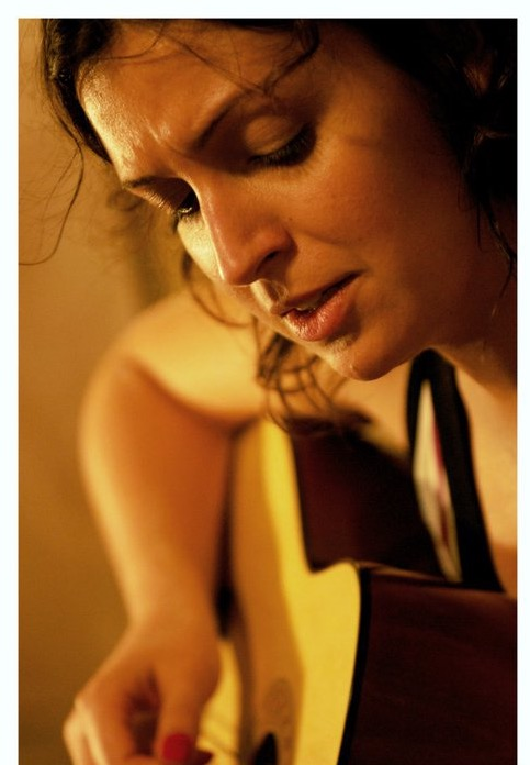 Moema Terra singer Denmark_edited