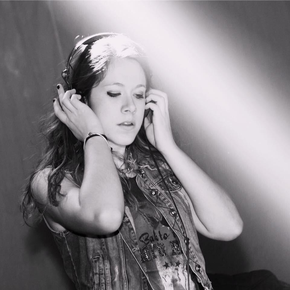 Mireia DJ