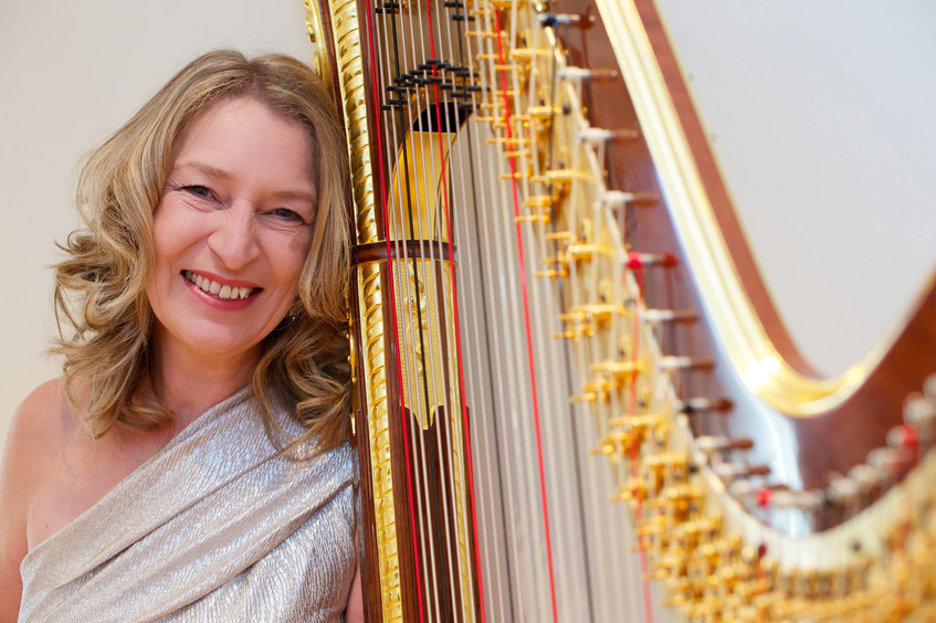 Harpist hire uk