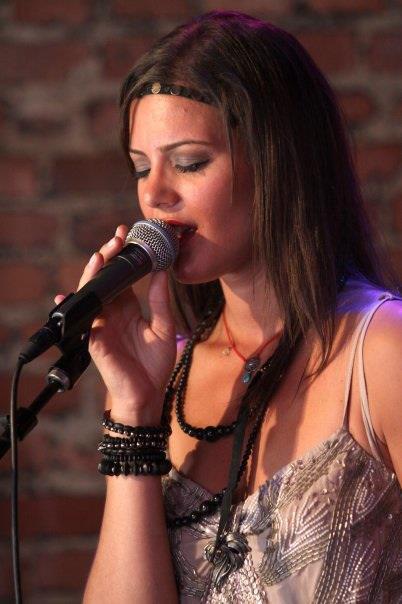 Andrea Dee Singer
