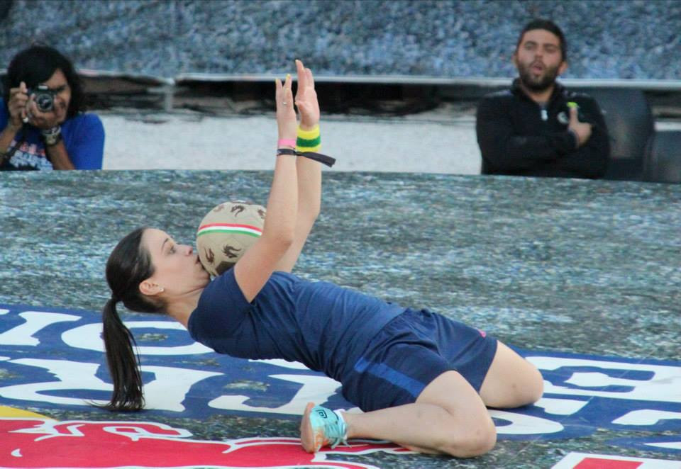 Marisa Cintra Based in Brazil - Female Football Freestyler