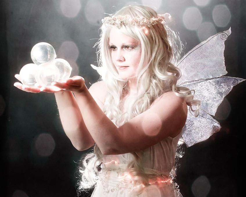 Amy circus artist