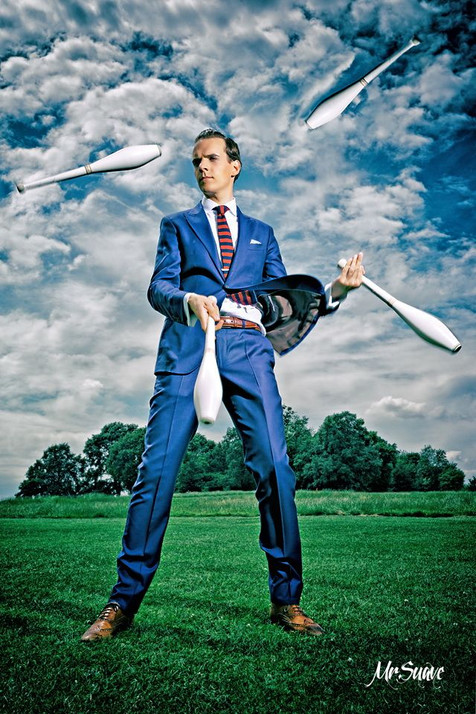 Book or Hire Juggling Artist for Events and Parties - London