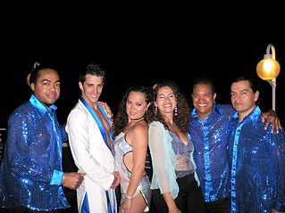 Salsa dancers hire