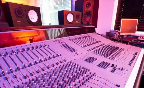 Book Music Production Workshops for Schools - Primary School - Secondary School