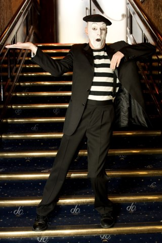 Mime artist for events