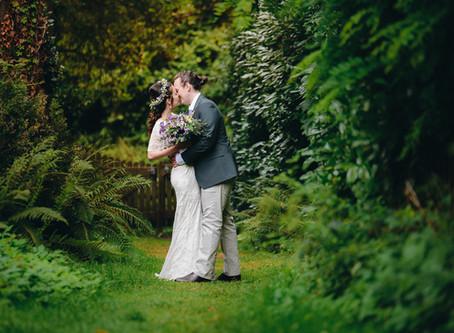 USK CASTLE    WALES WEDDING PHOTOGRAPHER