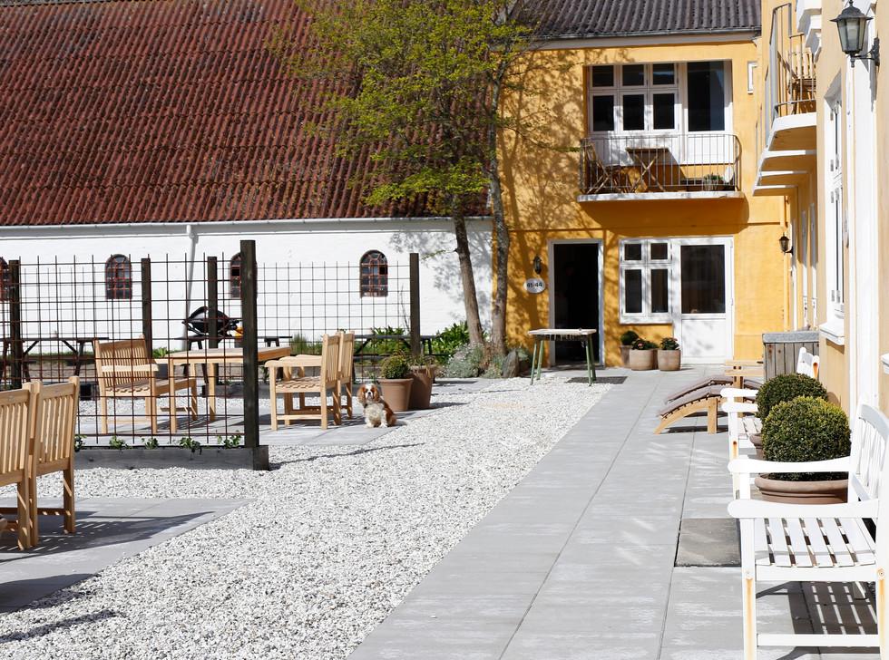 Kallehavegaard Badehotel terrasse